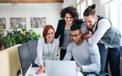 Jak dostać pracę w agencji reklamowej?